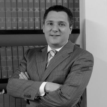 Dr. Fernando Peretti Schäffer